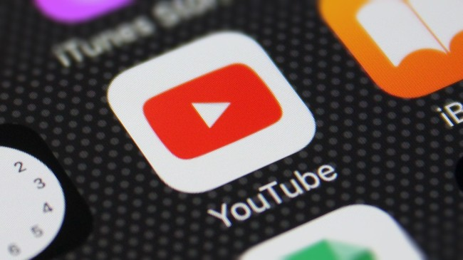 YouTube Feature-YouTube is testing a new feature where you can shop directly through videos