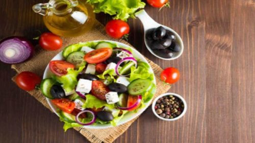 Summer Friendly Diet-Keep yourself hydrated with these summer foods